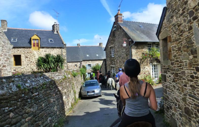 Randonnée 2015 du Shamrock Poney Club : de Dinan au Mont Saint Michel